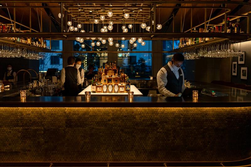 Muromachi Lounge & The Bar Tokyo American Club Nihonbashi