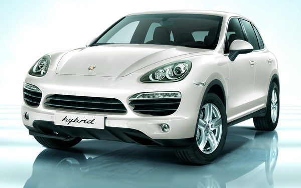 Porsche Cayenne Hybrid SUV