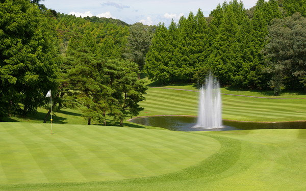 Murasakizuka Golf Club