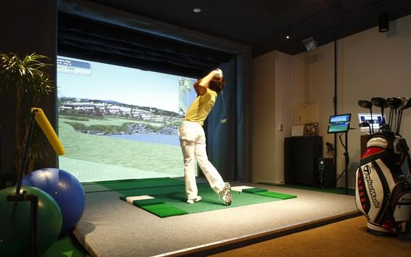 The Full Swing Golf simulator